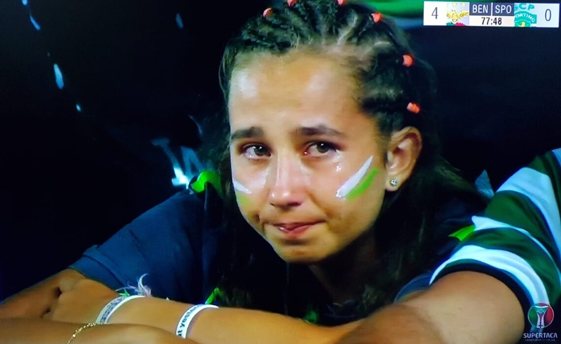 """SL BENFICA 5-0 SPORTING CP: """"BOMBARDEAMENTO"""" EM LOULÉ."""